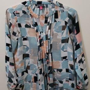 Vince camuto geometric blouse